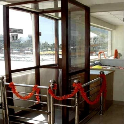 Manufacturers Exporters and Wholesale Suppliers of Hydraulic Bungalow Lift Surat Gujarat