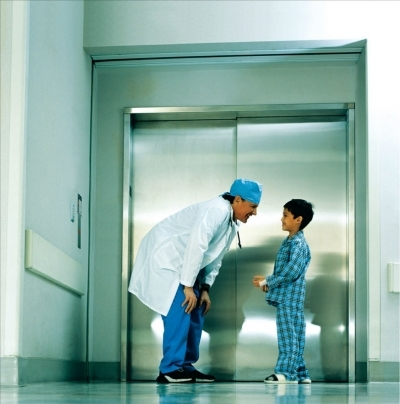 Manufacturers Exporters and Wholesale Suppliers of Hospital Lift Surat Gujarat